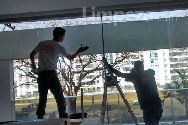 A limpeza pós-obra e a limpeza pré-mudança