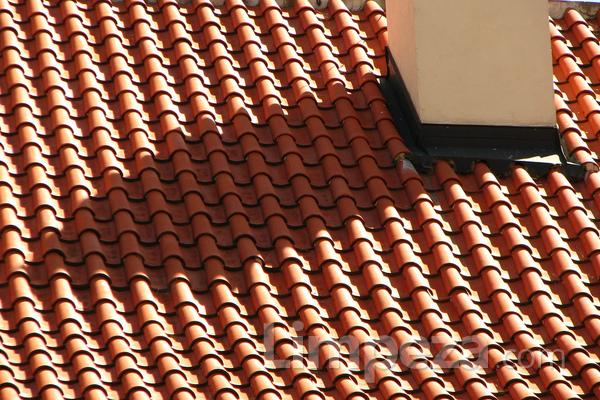 Efeitos da natureza sobre as telhas de concreto e cerâmica