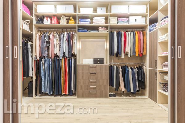 Como organizar seu closet